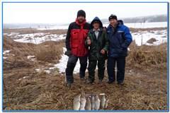 Рыбалка в канун мужского праздника.